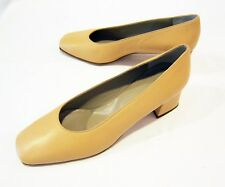 VIA ROMA womens 7.5 M NUDE-PEACH WIDE HEELS pink shoes GENUINE LEATHER vtg 90s