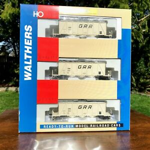 THREE HO Scale Walthers 40' Ortner Aggregate Hoppers Georgetown GRR NEW