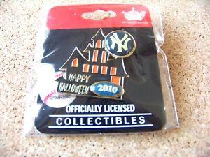 2010 NY New York Yankees Halloween Haunted House lapel pin MLB