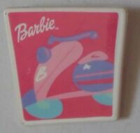 BARBIE SCOOTER MATTEL COLLECTABLE PLASTIC PIN BADGE 1990S? KEN SHELLY DOLL