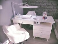 Suzanna-Nail/Manicure/Pedicure Desk/Bar/Station Beauty/Nails/Spa Salon Handmade
