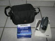 Canon DC 201 DVD-Camcorder + Zubehörpaket