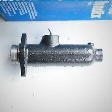 Engins militaires Renault 4 CV R8 maitre cylindre Bendix 111484B 111484 611484