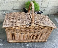LARGE VINTAGE WICKER PICNIC HAMPER BASKET ~ SHABBY CHIC STORAGE / WEDDING PROP