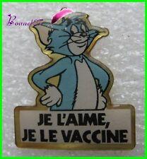 Pin's vétérinaire Je l'aime Je le vaccine avec Tom le chat Cat 1990 #A1