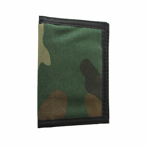 Camouflage design wallet with zip coin compartment