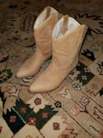 Dingo leather cowgirl boots size 7