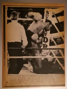 Mike Tyson knocks out Tony Tubbs 8x10 wire photo