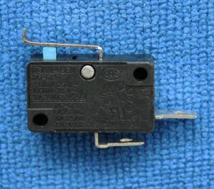 1pcs DA7-6/1 Micro Limit Switch 2 Pins 6A 250V