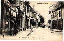CPA Varennes-sur-Allier-Rue de Paris (262885)