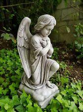 STATUA SCULTURA ANGELO IN GINOCCHIO ANGIOLETTO PER ESTERNO IN CEMENTO MARMO