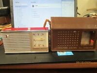 Channel Master Vintage 6 Transistor Radio RED Model 6506 With Box & Paper work