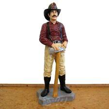 FEUERWEHR MANN mit HELM und AXT USA Amerika Deko Figur BRANDMEISTER FAN Statue