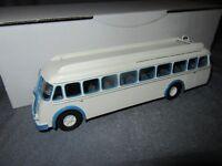 386F MAP Kit Résine Bus Berliet PCK 8 R 1951 Autocar 1:43