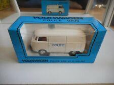 Kado VW Volkswagen transporter T1 Politie in White on 1:43 in Box