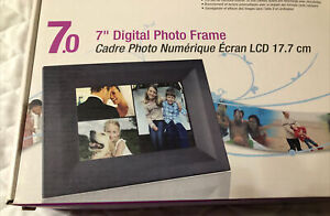 Westinghouse Electric DPF-0702 Digital Picture Frame