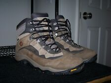 Columbia Titanium Altasaurus Pass GTX Boot mens 13 waterproof vibram