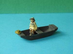 JOHILLCO VINTAGE PRE WAR RARE LEAD GIRL SEATED IN PUNT WITH VERY RARE STRAW HAT