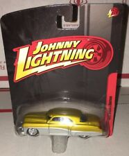 Johnny Lightning 1949 Buick Custom 1/64 Die Cast
