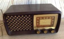 Vintage Silvertone Sears Roebuck Radio Model 105-120V Volt AC/DC parts or repair