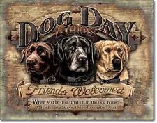 Dog Days - Hunde Tage -  Freunde Willkommen - Metall Deko Schild Plakat