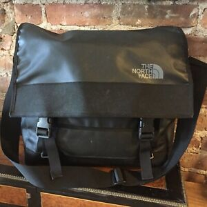 """THE NORTH FACE ~ Base Camp Messenger Shoulder Bag for 15"""" Laptop ~ Black ~ VGC ~"""
