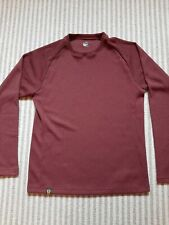 MENS UNDER ARMOUR  'MTN' LONG SLEEVED TOP.  Size LARGE