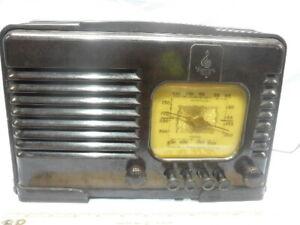 <>Art Deco 1938 Emerson CA203 Push Button Bakelite Tube Radio- Serviced NR<>