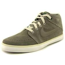 Chaussures gris Nike pour homme