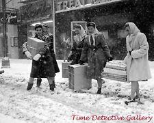 New York City Christmas Shoppers - 1945 - Vintage Photo Print