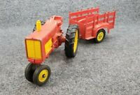 Vintage HUBLEY DIECAST METAL TRACTOR & WAGON TRAILER 1/16 SCALE