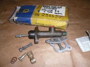 NEW GENUINE BRAKE MASTER CYLINDER JAGUAR 3.8  E TYPE  1961/64