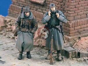 "Verlinden 1/35 ""Cold!"" German Infantry in Eastern Front WWII (2 Figures) 1605"