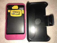 NEW Otterbox Defender Series case & Belt clip for Apple iPhone 4 / 4s Pink