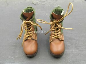 1/6 Scale Toy Russian Battle Angel - Female Green & Brown Boots (Peg Type)