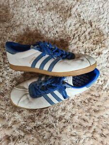 Adidas Athen Size 10