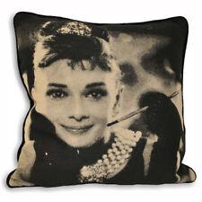 """43 cm Rempli film movie star Audrey Hepburn photographique Coussin Noir 17 /"""""""