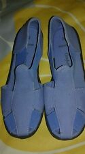 COMFORT EASE BLUE CANVAS SLIP ON CASUAL SHOES FLATS  SIZE 7W NWOB