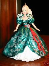 Hallmark Ornament HOLIDAY BARBIE 3rd in Series 1995