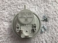 Worcester 28CDI RSF Boiler Air Pressure Switch 87161165410 Was 87161461530
