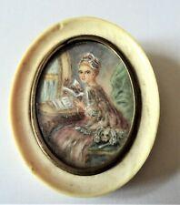 Miniature fixé sous verre XIXe entourage en matière naturelle ,monté en broche