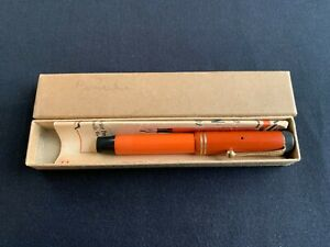 Vintage PARKER DUOFOLD JR. Red Fountain Pen