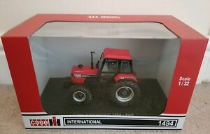 UH CASE/IH 1494 4WD TRACTOR 1/32 SCALE