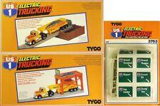 3 PC 1982 TYCO Us-1 Trucking Slot Car Gravel Hopper & Unloader Road Signs MIB