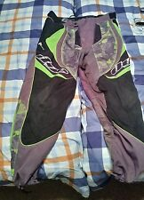 dye c12,13? paintball pants in good condition