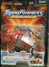** 2003 - Transformers Universe - Autobot Ratchet - MISB **