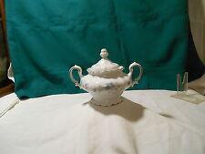 "Johann Haviland ""Blue Garland"" Bavaria Sugar bowl with lid, blue flowers"