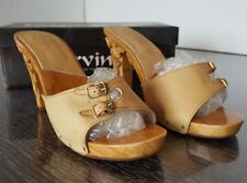 Karvings Women's Natural Size 7 Sandal Leather Hand Carved Wood High Heels