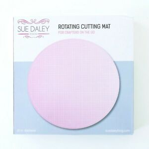 Sue Daley Pink Rotating Cutting Mat - Round 10 Inches