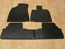 Levus RX450H 2013-on Fully Tailored RUBBER Car Mats in Black.
